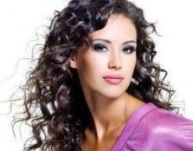Фото-приклади стрижок для кучерявого волосся різної довжини фото