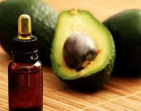 Ефірна олія авокадо для волосся фото
