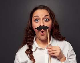 Як швидко і безпечно освітлити волосся на обличчі? фото