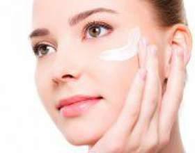 Як наносити крем навколо очей? фото