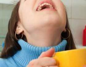 Як полоскати горло фурациліном? фото