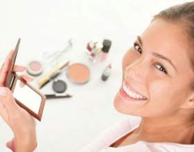 Як правильно наносити тональний крем фото