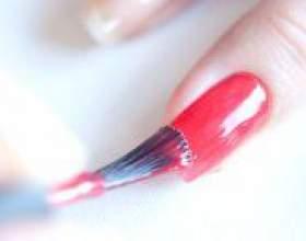 Як рівно нафарбувати нігті? фото