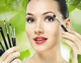 Як зробити гарний макіяж очей на кожен день і на вихід. Гарний макіяж для різних за кольором очей. фото