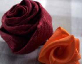 Як зробити троянду з тканини? фото