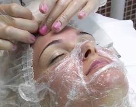 Косметологія в домашніх умовах: очищаючі маски для обличчя фото