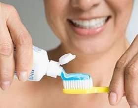 Правила догляду за зубами фото