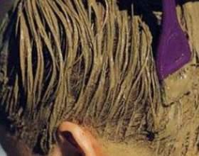 Приготування лікувальних масок для волосся на основі безбарвної хни фото