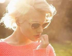 Рожеві виділення у жінок фото