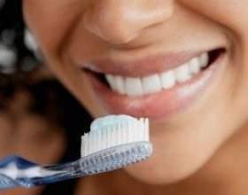 Секрети безпечного відбілювання зубів в домашніх умовах фото