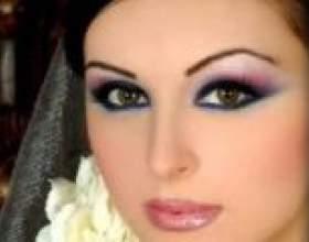 Створюємо димчастий, яскравий і східний макіяж очей самостійно фото