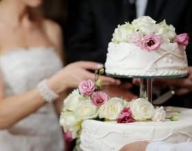 Весільні торти. Фігурки для весільного торта. Красиві весільні торти - фото, прикраса весільного торта фото
