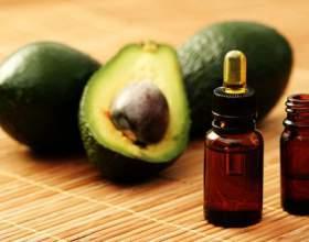 Доглядаємо за особою з допомогою олії авокадо фото