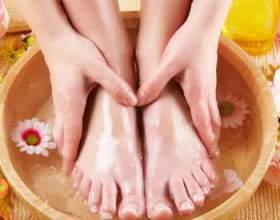 Оцет для догляду за руками, ногами і нігтями фото