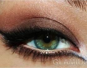 Вечірній макіяж очей в коричневих тонах фото